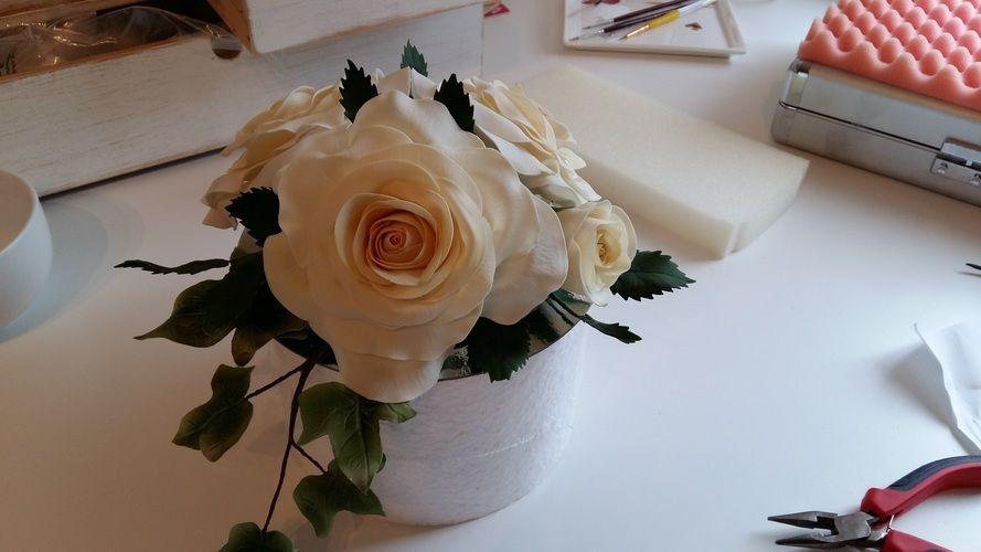 - Hochzeitstorte mit Spitze und Perlen - Torten, Cake Pops und ...