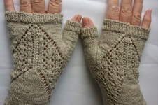 Makerist - graue Stulpen aus einem Rest Sockenwolle - 1