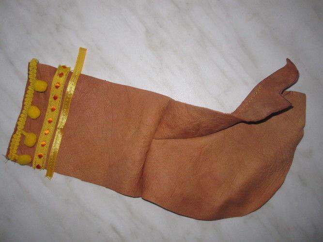 Makerist - Lederpuschen mit Bommeln - Nähprojekte - 3