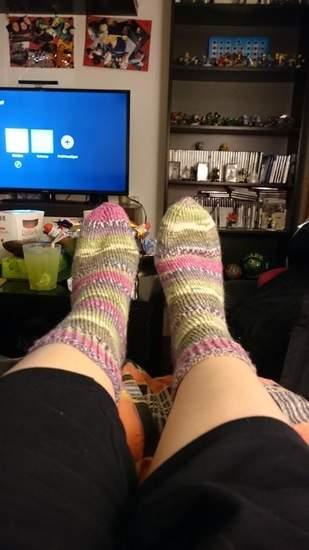 Makerist - Socken für meine Mama aus Austermann Step 6 Wolle  - 1