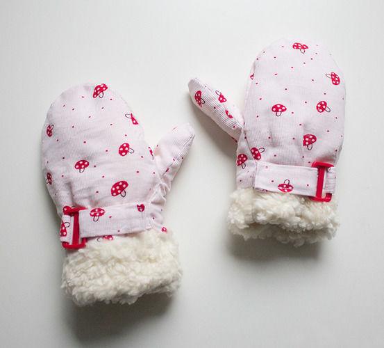 Makerist - Fliegenpilz-Handschuhe für  meine kleine Dame - Nähprojekte - 1