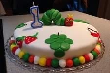 Makerist - Raupe Nimmersatt Torte - 1