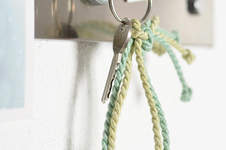 Makerist - Herzige Schlüsselanhänger knüpfen - 1