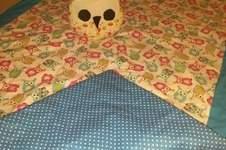 Makerist - Krabbeldecke aus Bauwollstoff u Volumenvlies für meine Großcousine Mia - 1