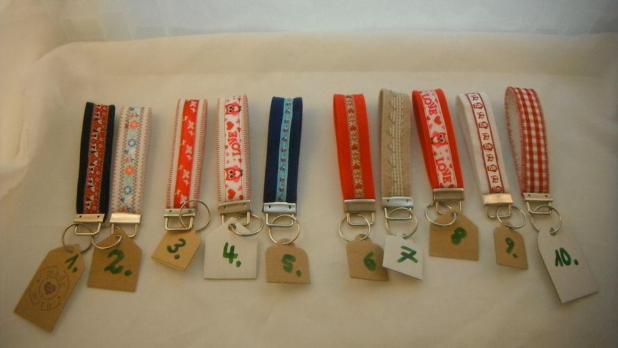Makerist - Schlüsselanhänger Mitbringsel  - Filzprojekte - 1