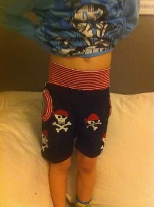 Makerist - Hösli aus Piraten Jersey für meinen 4 jährigem Halbbruder zu Ostern  - 1
