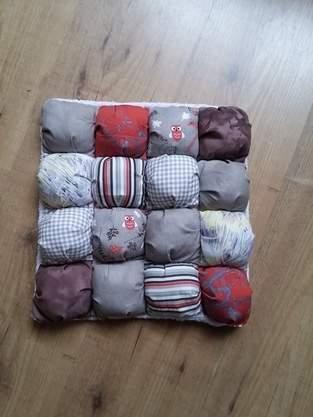 Makerist - Katzenkissen, verschiedene Stoffe und Füllwolle - 1